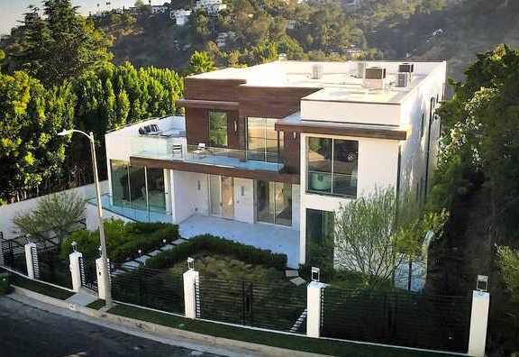 Home Sales Surge in Mount Olympus